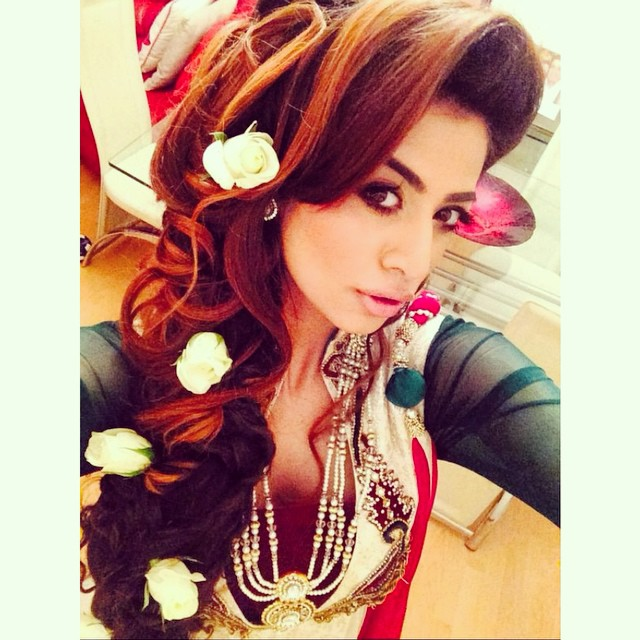 Asian Bridal Hairstyle : Tt saira rahman hairstylist asian bridal hairstylist in london