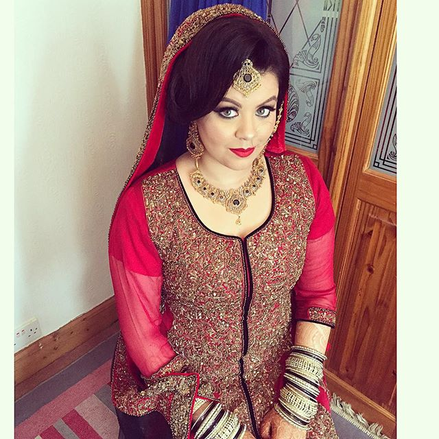Asian Bridal Hairstyle : Dupatta saira rahman hairstylist asian bridal hairstylist in london