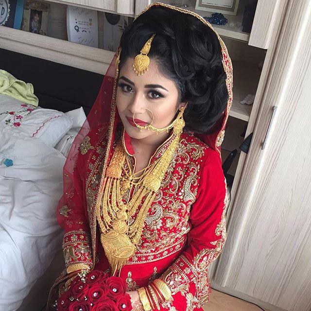 Fabulous Asianbridal Saira Rahman Hairstylist Asian Bridal Hairstylist In Hairstyle Inspiration Daily Dogsangcom